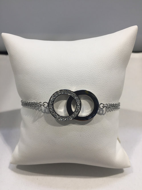 Bracelet acier triple chaîne anneaux entrelacés