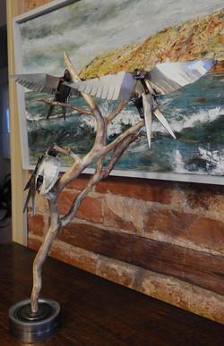 3 birds and vine
