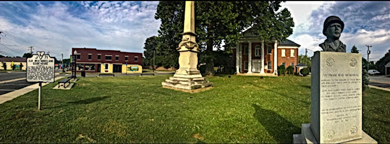 courthouse.monument.jpg
