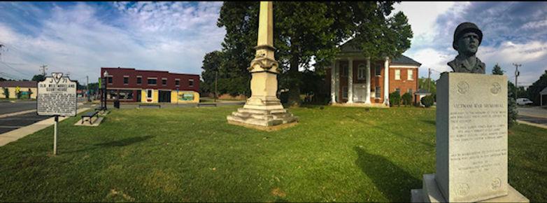 courthouse.monument.jpg