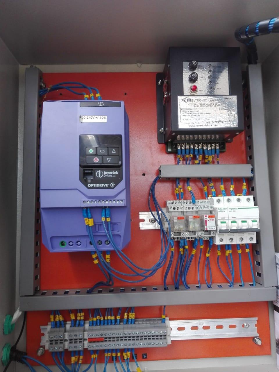 Tablero control quemador con variador
