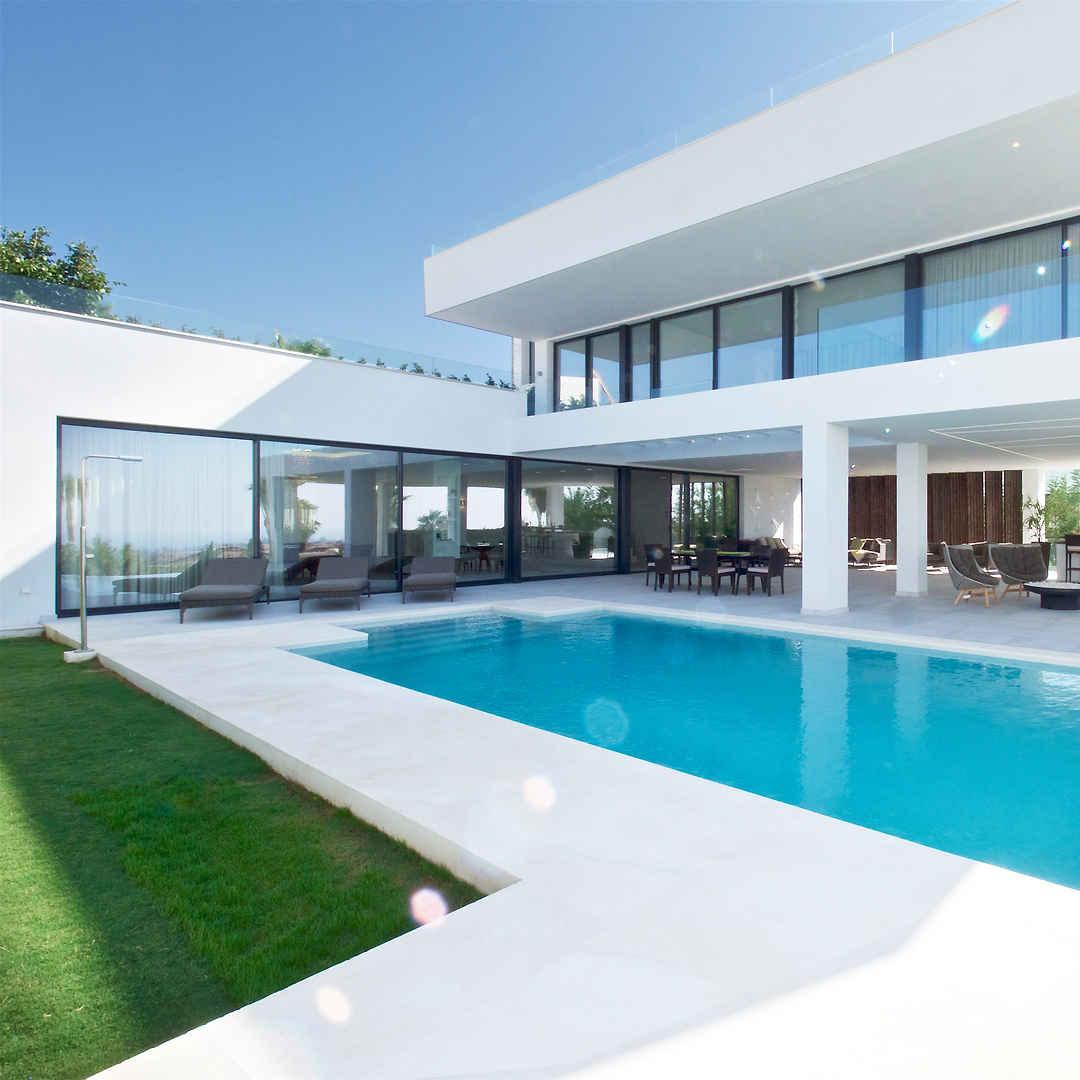Contemporary Villas from €2,000,000