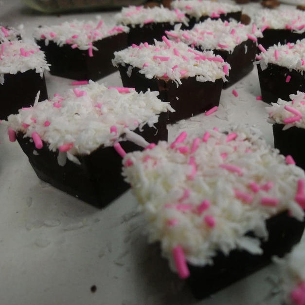 Cherry Sugarcake