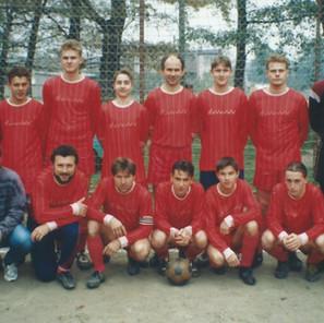 Raduň_1995_III_trida_resize.jpg