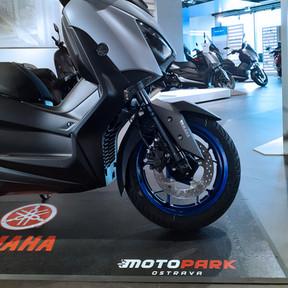 Yamaha XMAX 300 E5_4.jpeg