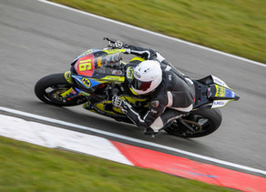Hopkins makes superb start in his first ever Superstock 600 race