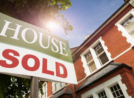 Sellers start 'summer sale' slashing property asking prices by £7,000