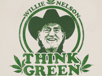 Willie Nelson smokes cannabis at White House