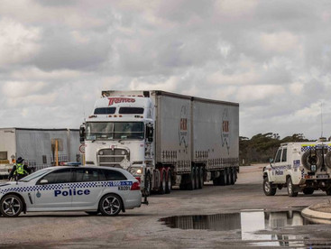 WA police seize cannabis at hard border with SA with no end in sight to COVID-19 travel restrictions