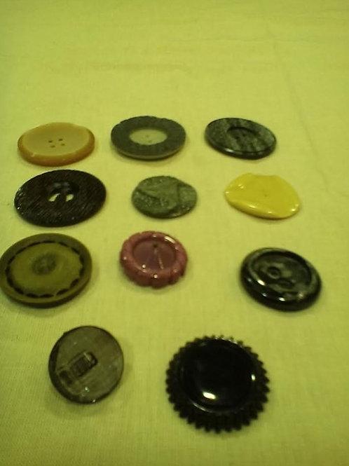Κουμπιά vintage, σε διάφορα μεγέθη και χρώματα (για ρούχα, στολισμό μαξιλαριών,