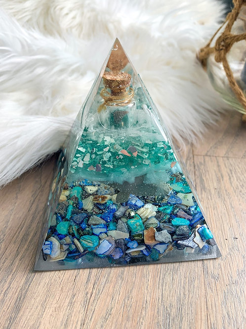 Message In A Bottle Pyramid