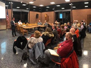 Paro speaks to the Manlius Republican Committee