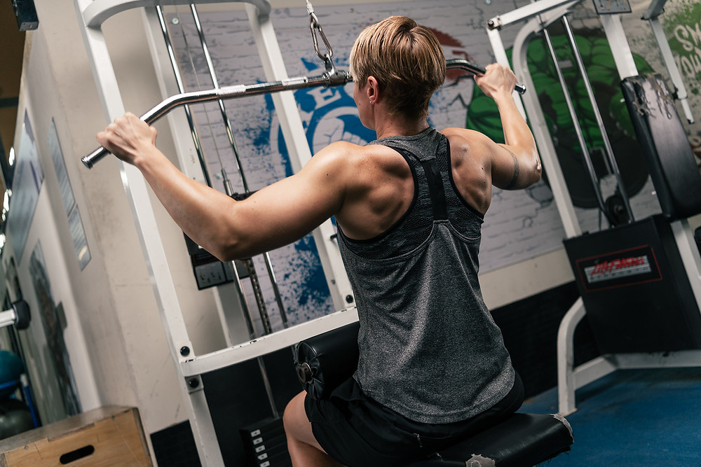 Personal Training - Lat pulldown exercise