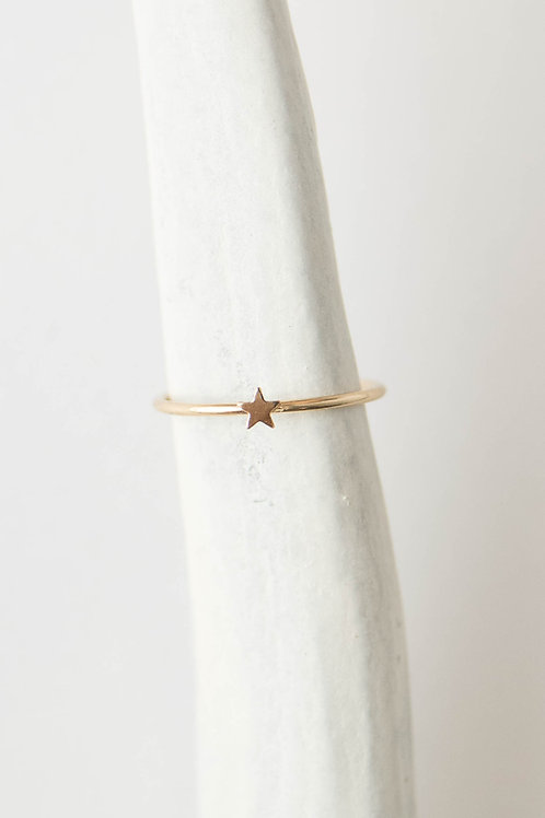 Tiny star Ring | Gold Filled