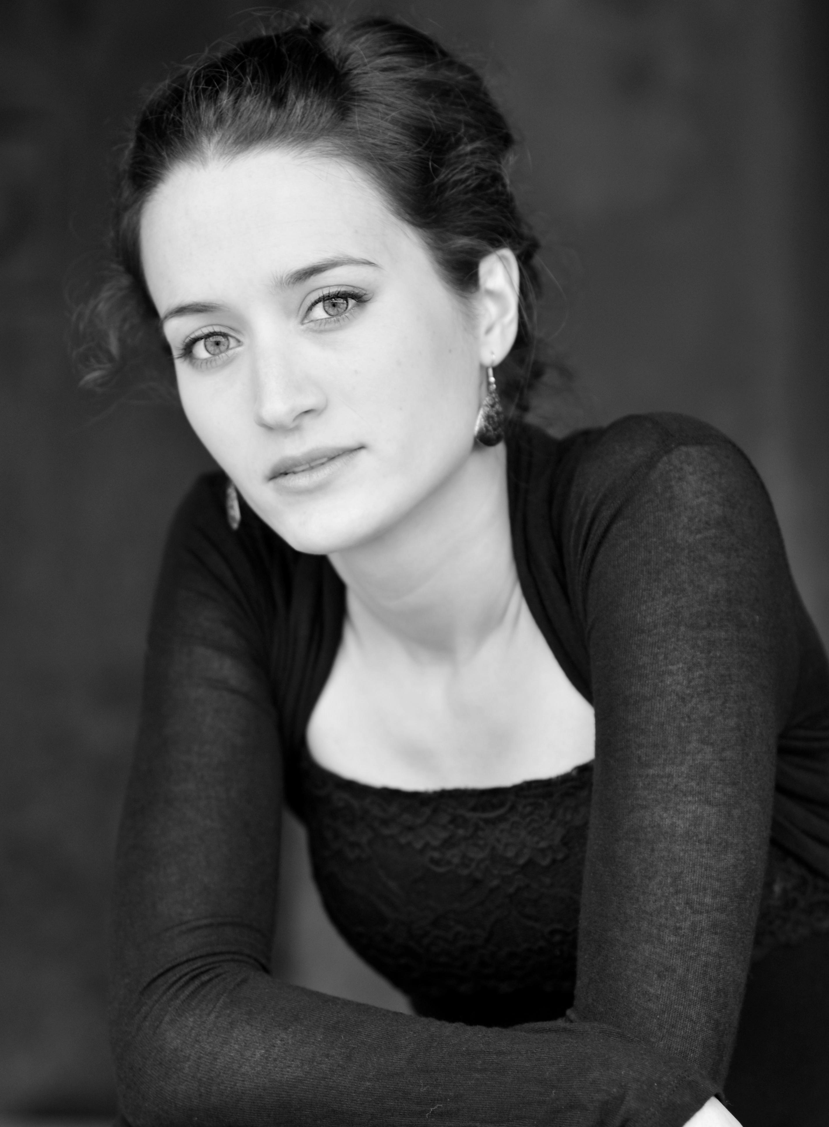 Natalie Klouda 5 - Sussie Ahlburg
