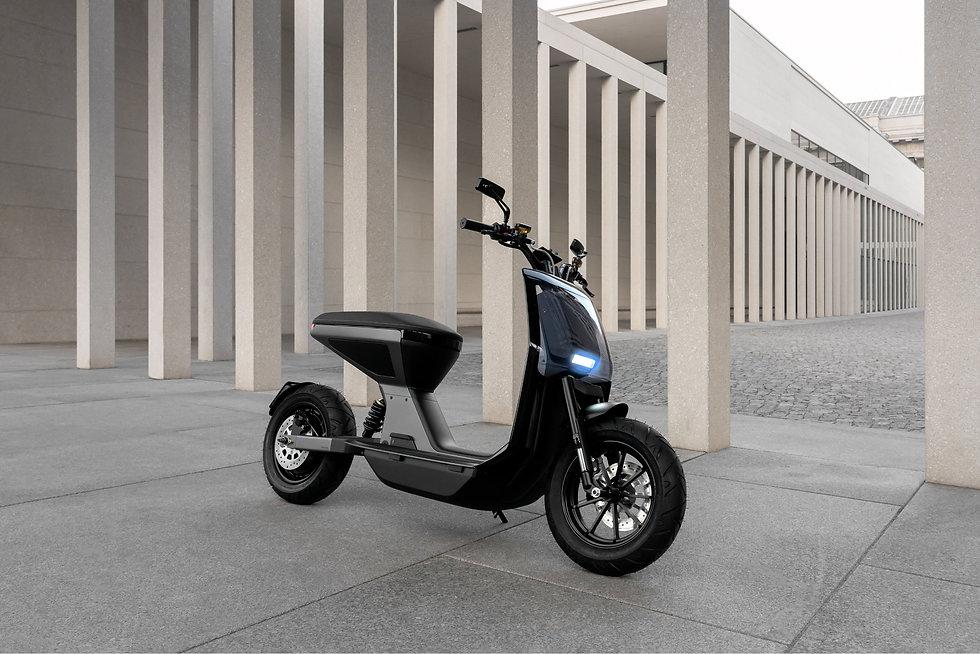 NAON_scooter_Minorstep_GeorgeKroustallis