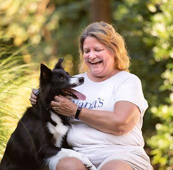 Sharon a pet sitter with Nanas pet sitti