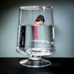 Se noyer dans un  verre d'eau