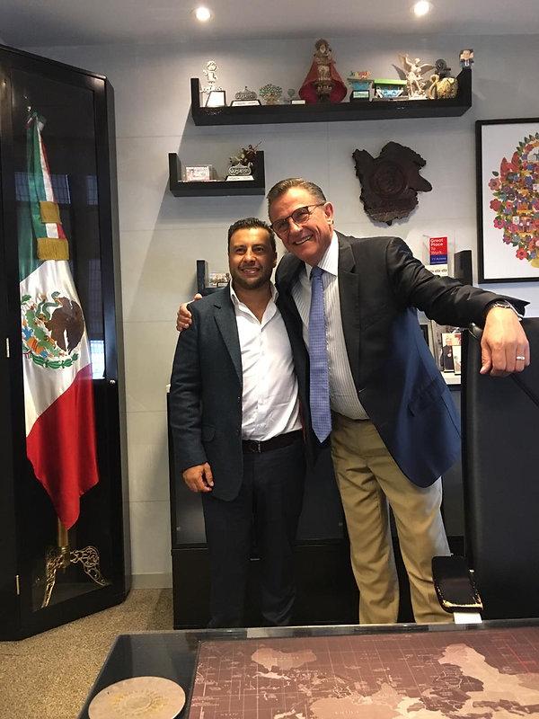 Dr Contreras y Jorge Garralda.JPG