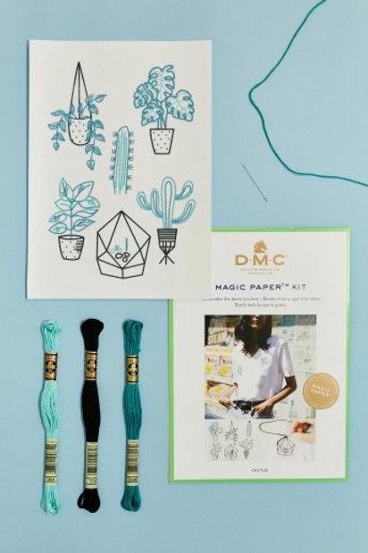 """Magic Paper (feuille soluble) DMC - kit """"Cactus"""""""