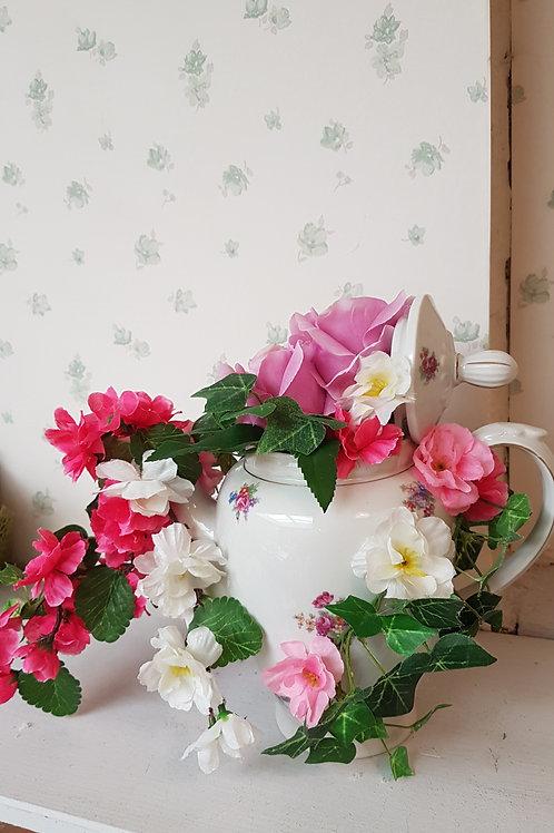 Théière fleurie