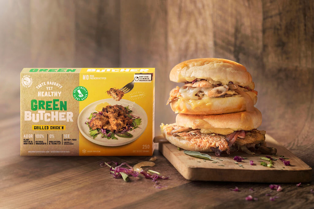 Dua Chick'n Melts disebelah kotak Green Butcher Grilled Chick'n