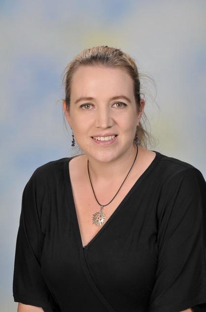 Ms Gemma Kroon