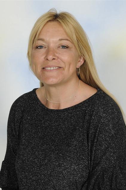 Mrs Kerry Tarrant