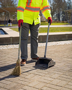 Landscaping with Heart Litter Control