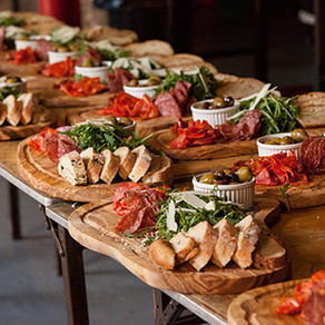 2021 Wedding Trends: Catering + Bar