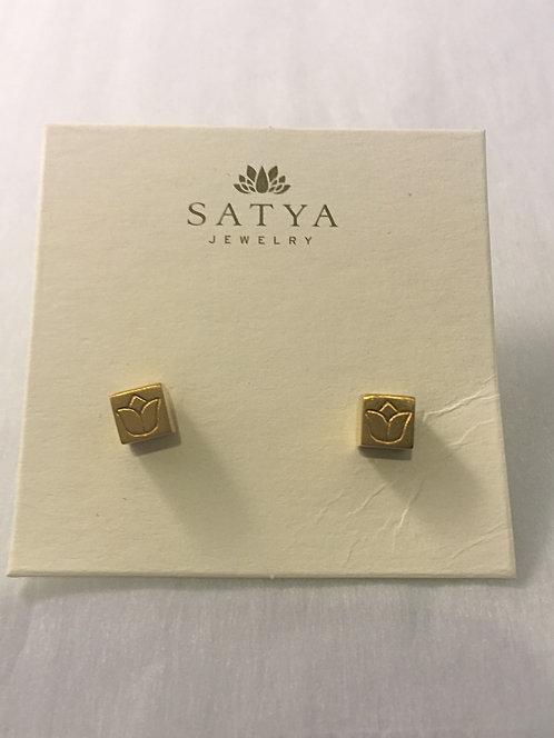 Satya Jewelry Lotus Studs