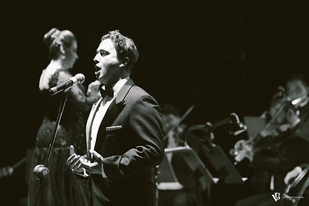 Thiago Soares tenor - Six Singers Songs for Peace Show