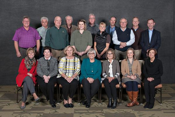 2018 WOEF Group Photo.jpg