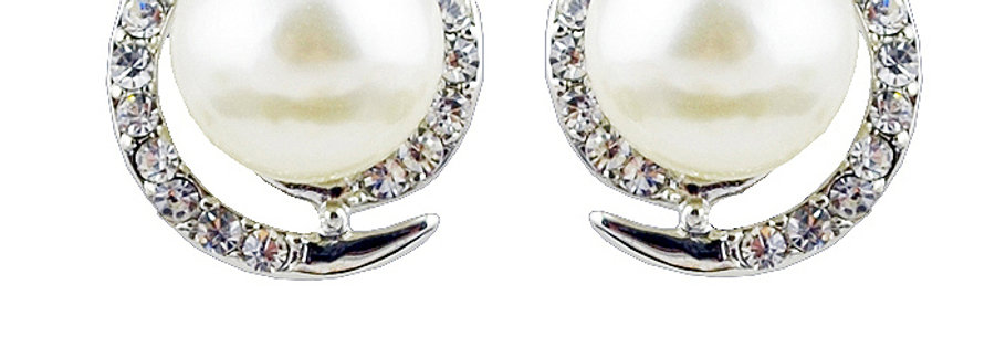 Circle of Hopes Rhodium Plated Cubic Zirconia and Pearl Earrings for Girls