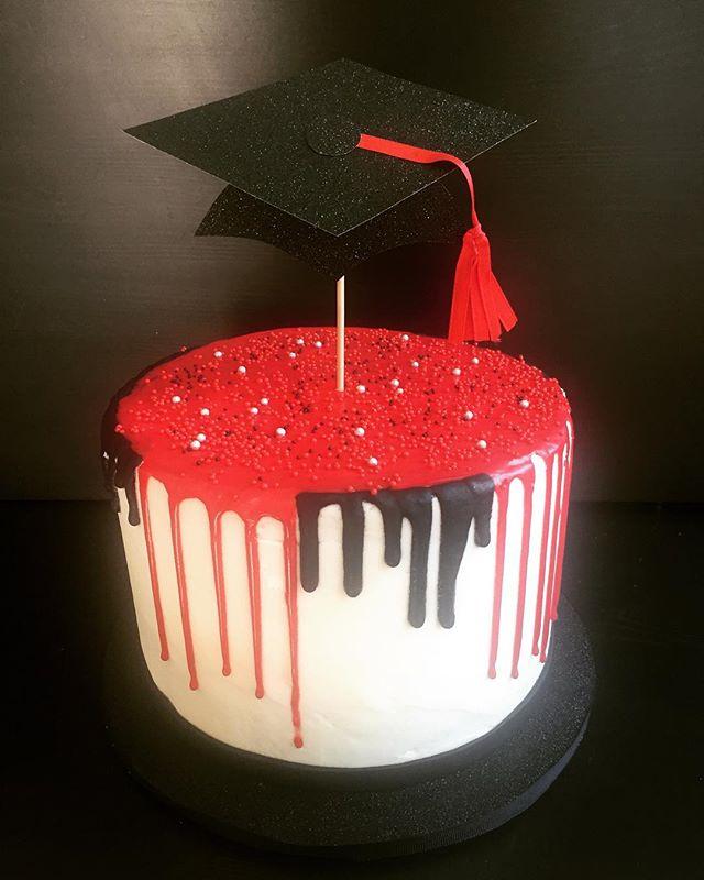 Graduation- Drip w/topper