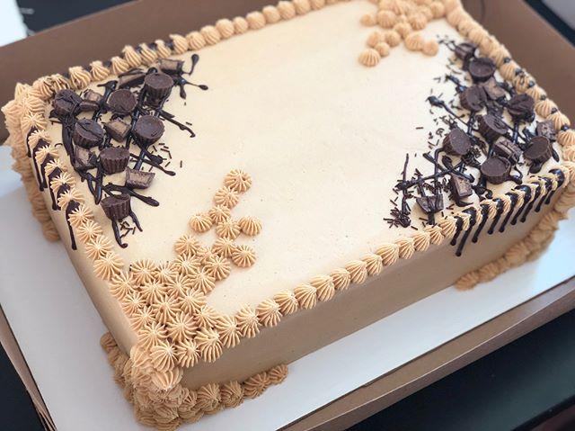 Peanut Butter Cup Sheet Cake