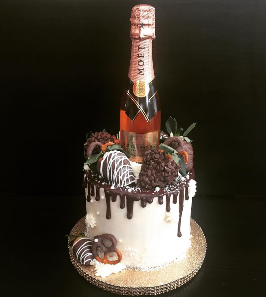 "6"" Celebration w/Berries&Champagne"