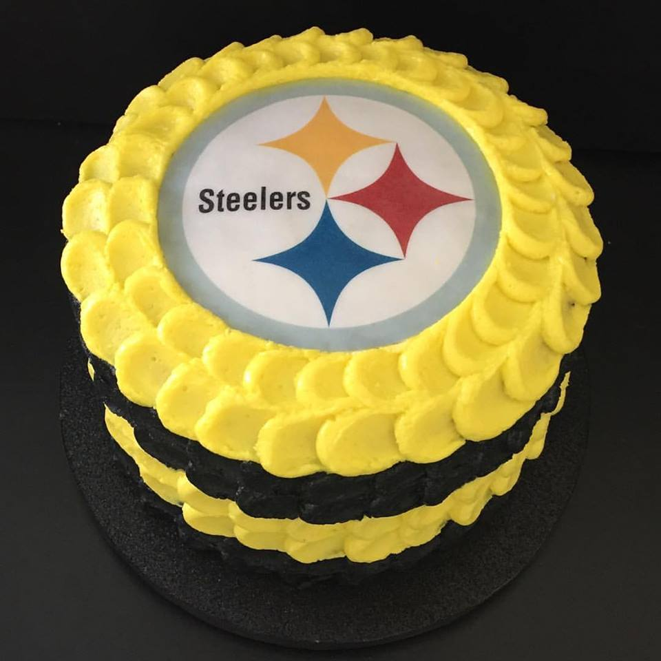 "8"" Team Spirit- Buttercream"