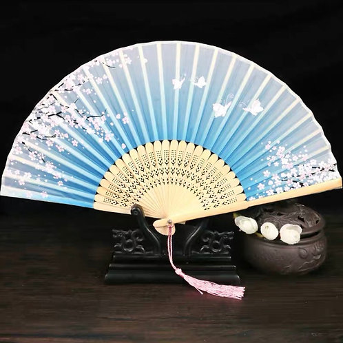 Elegant Fan - Light blue style 2