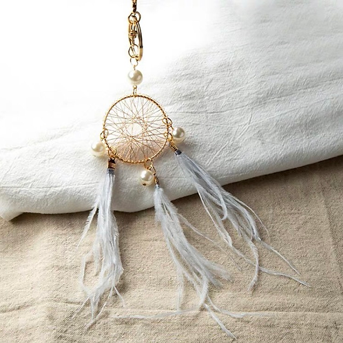 Dream catcher key ring grey