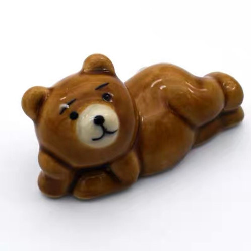 Chopsticks rest - relaxing bear