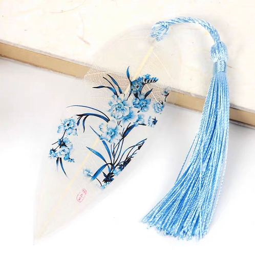 Leaf bookmark Light blue