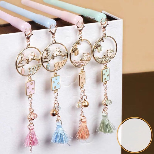 Pen with cat pendant 4 designs