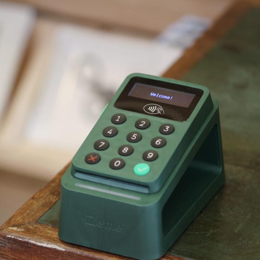 Izettle green ocean plastics card reader