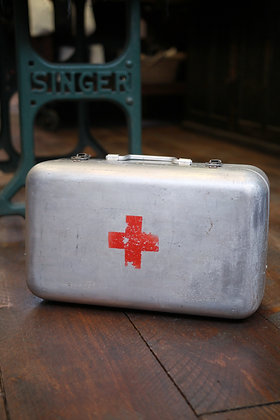 Hungarian First Aid case