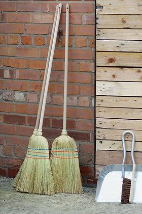 Natural corn broom