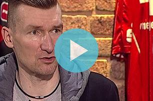 TOTO-Sportkabine mit Paracycler Matthias Schindler