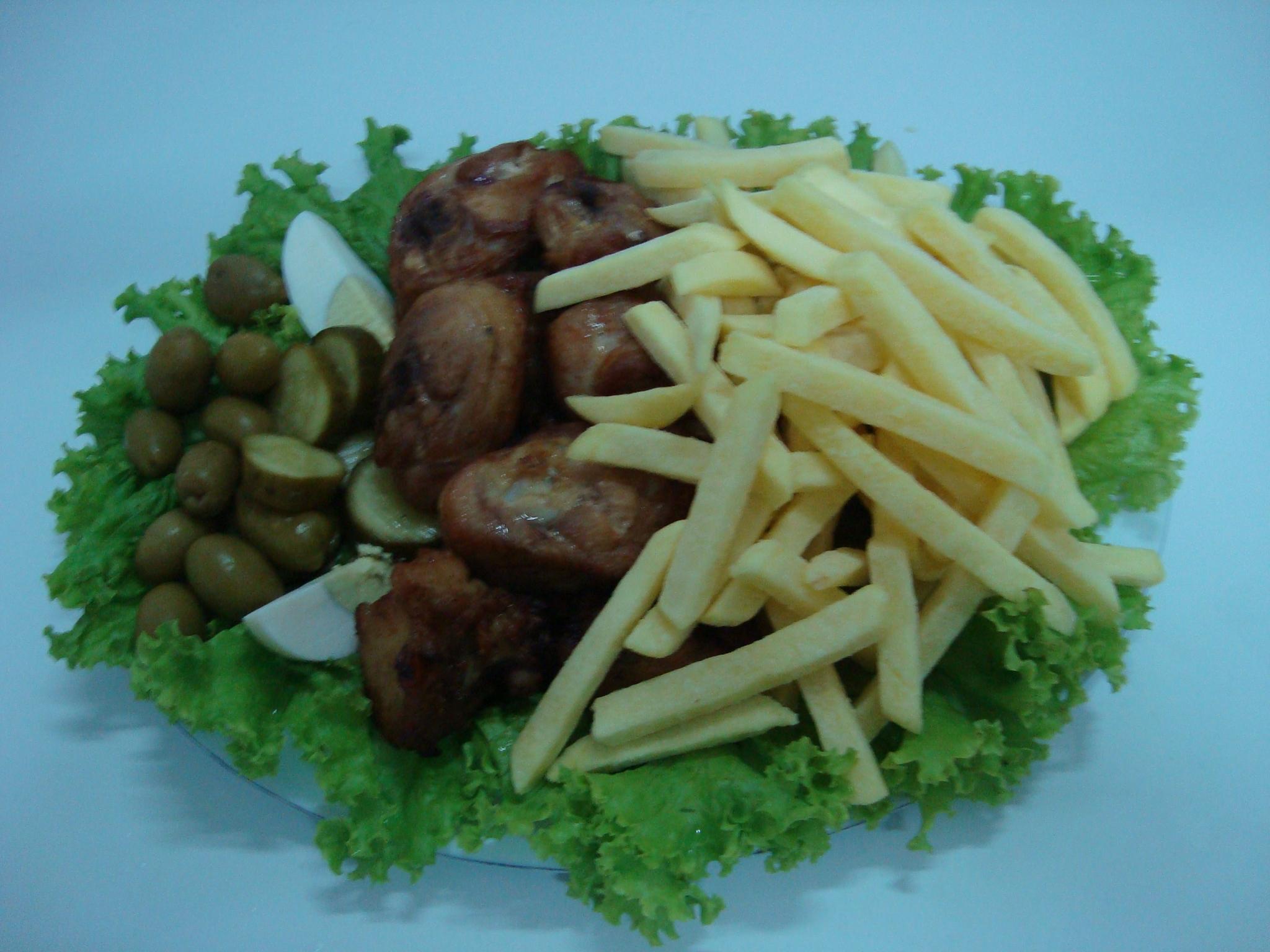 frango com fritas