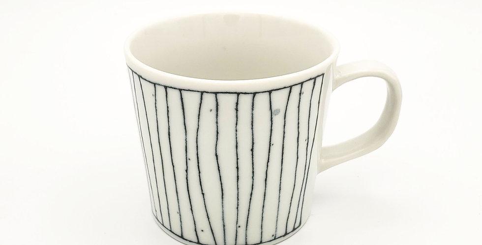 Ito Tsumugi Blue And White Striped Mug