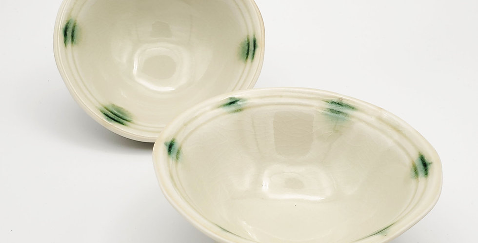 Green Spots Bowl With Feet